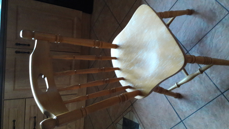 Kitchen Table and 4 chairs for sale Donegal Furniture